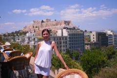 На крыше отеля. За мной - панорама Афин