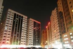 Город ночью. Ночью хотя бы гулять комфортно