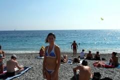 Купаться! Пляж, конечно, не очень пустой...