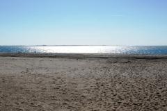 Пляж. В ноябре пусто