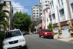 На улицах просторно