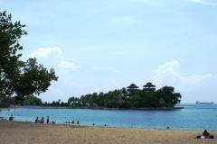 И еще один пляж