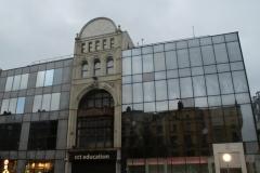 А вот немного современной архитектуры