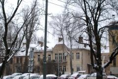Много старых домов