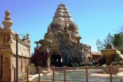 Стилизация под Ангкор-Ват