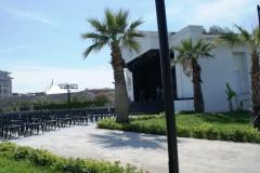 Euphoria Palm Beach - аккуратная территория