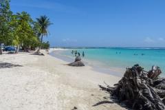 Пляж на юге Гваделупы
