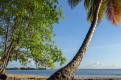 Пляж на юге острова