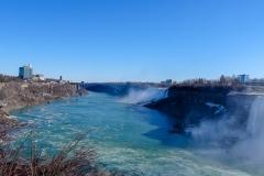 Прекрасная река Ниагара