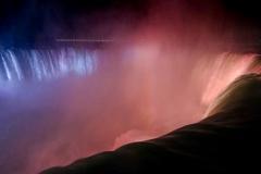 Ниагарский водопад ночью