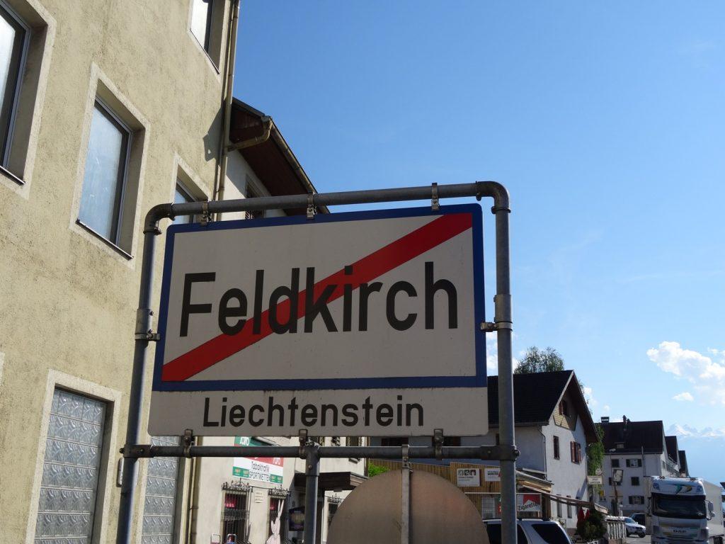 Из Фельдкирха пешком можно попасть в Лихтенштейн