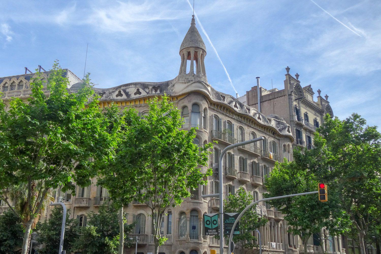 Как же я люблю архитектуру Барселоны
