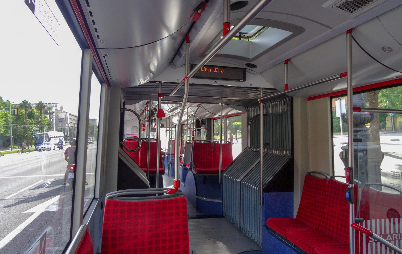 Снова и снова наслаждаюсь местным общественным транспортом