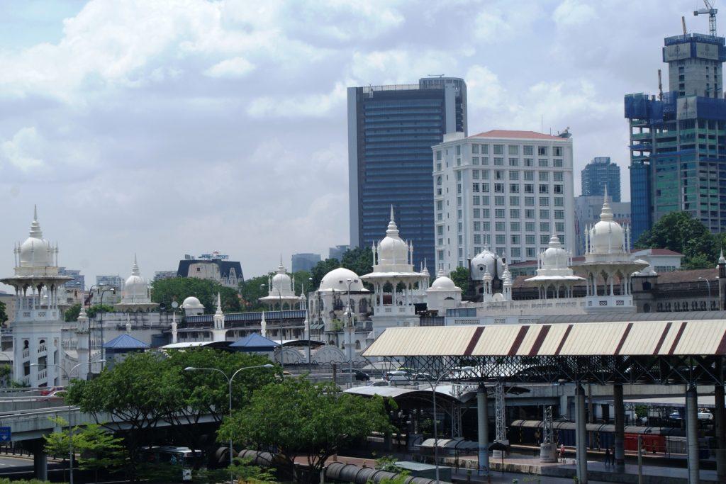 Куала-Лумпур: купола и высотки