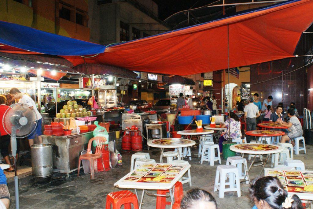 Уличная еда в Куала-Лумпуре