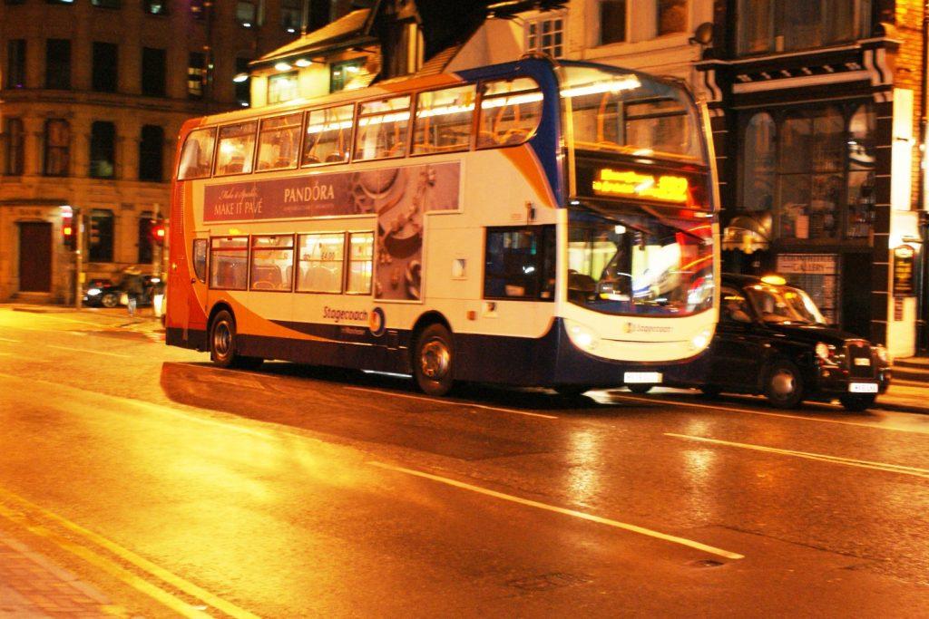 Двухэтажные автобусы - не только лондонская фишка
