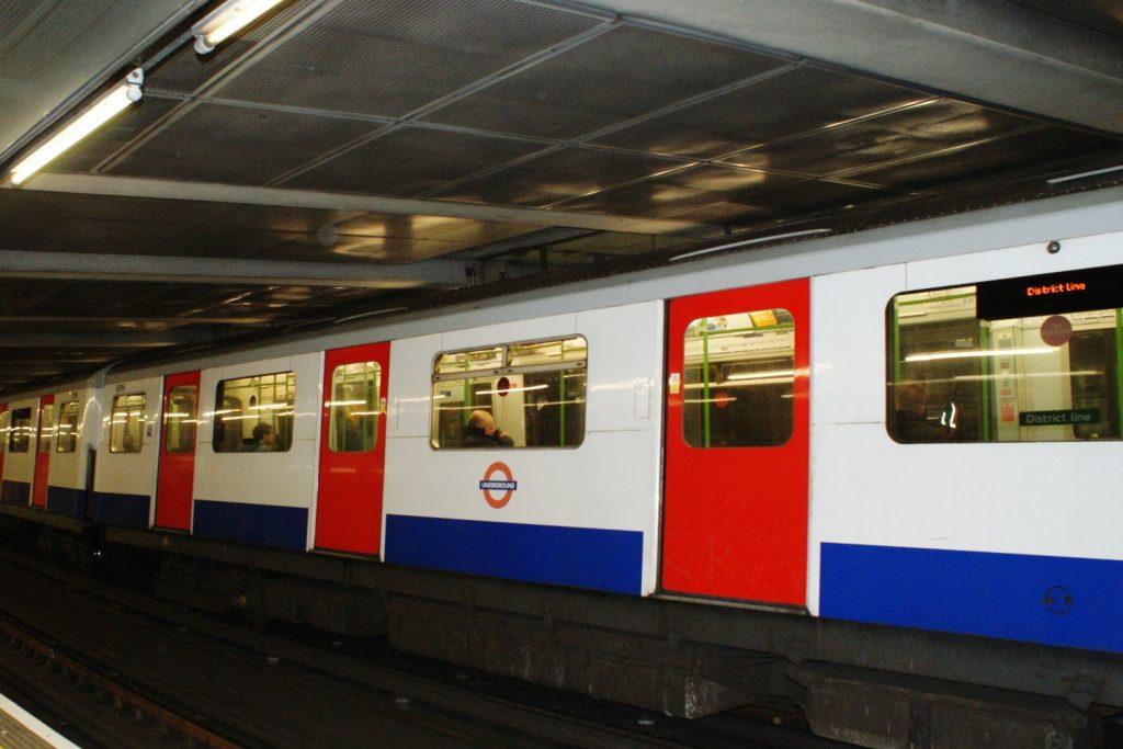 Узнаваемое по всему миру метро