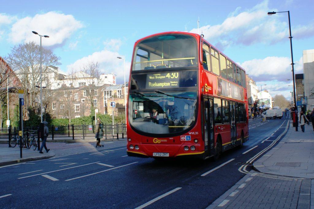 Знаменитые красные автобусы