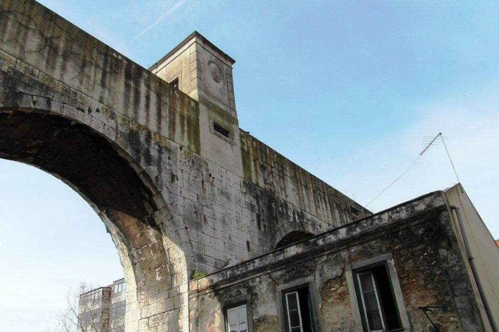 Акведук Агуаш-Либриш (очень старый!)