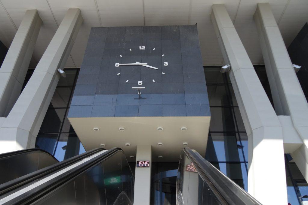 Вокзал вполне современный