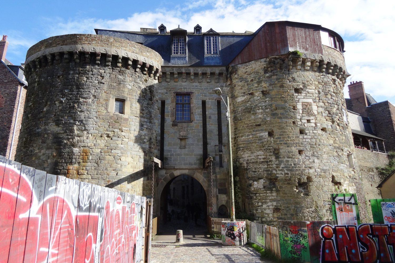 Ворота, сохранившиеся аж с XV века