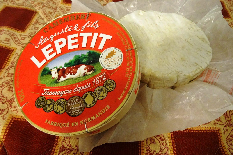 А еще, конечно, во Франции трудно проигнорировать сыр