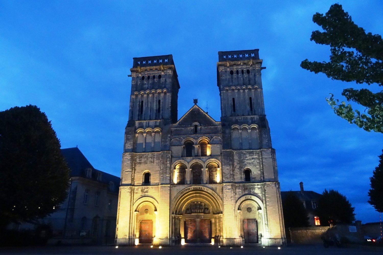 Женское аббатство, церковь Тринити