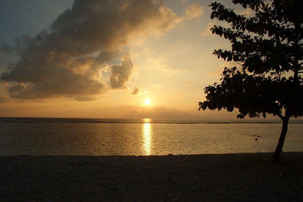 Рассвет на Мальдивах