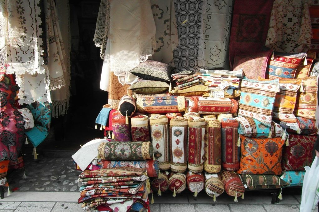 Типичный базар