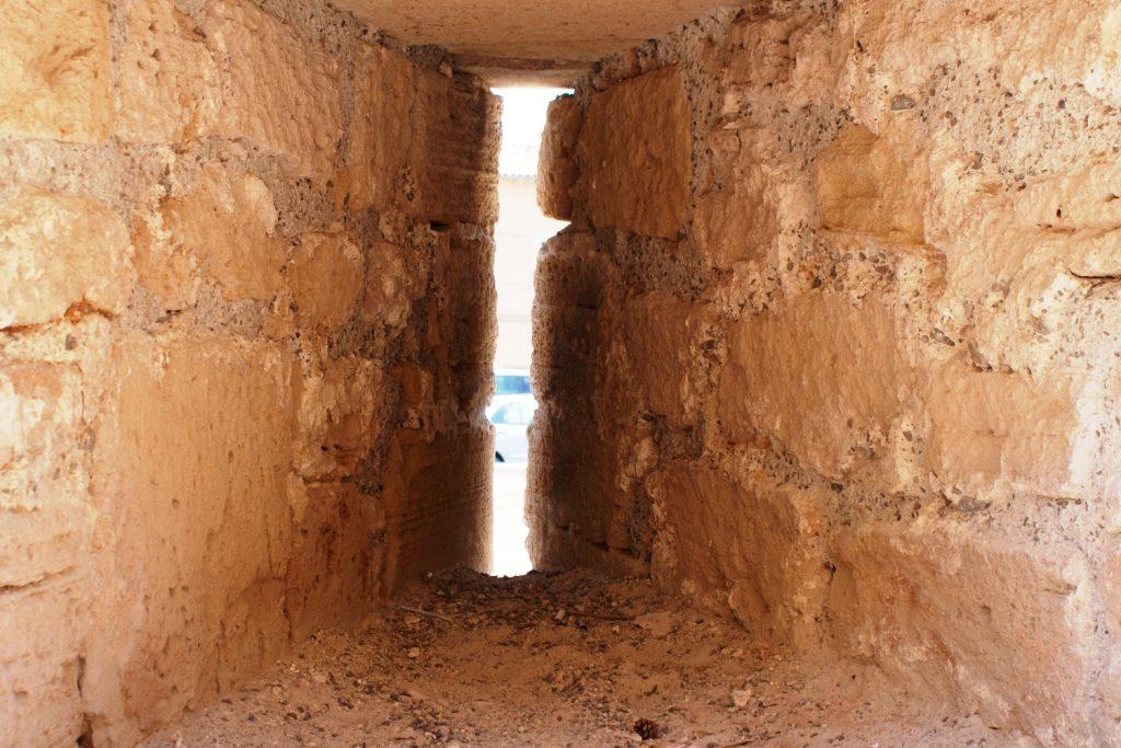 Бойницы в крепости Алькудии
