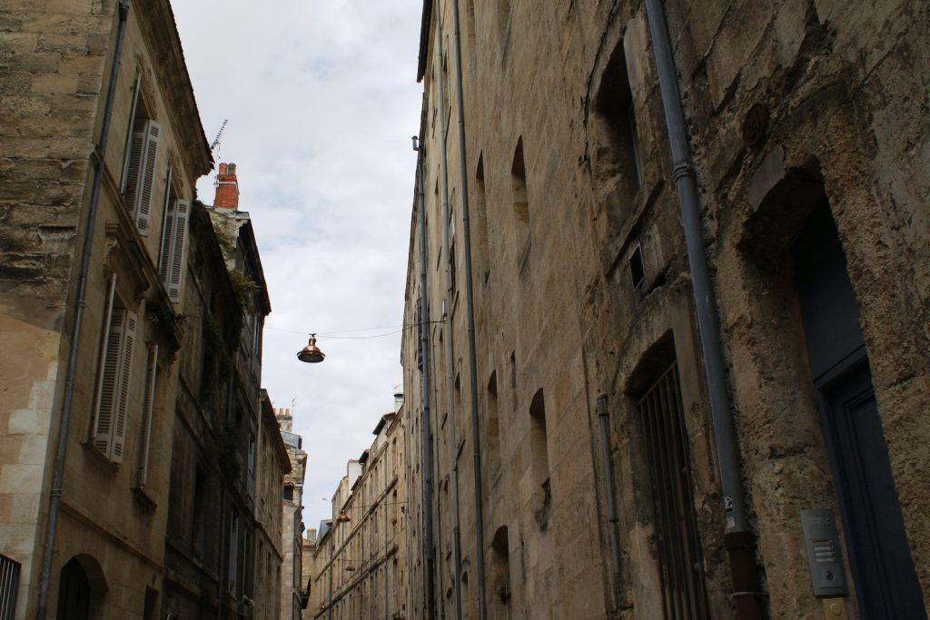 Узкие улочки старого Бордо
