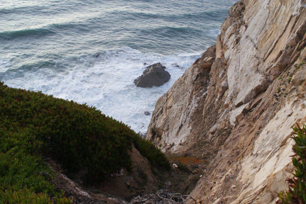 Как обычно, фото не передают высоту и силу волн