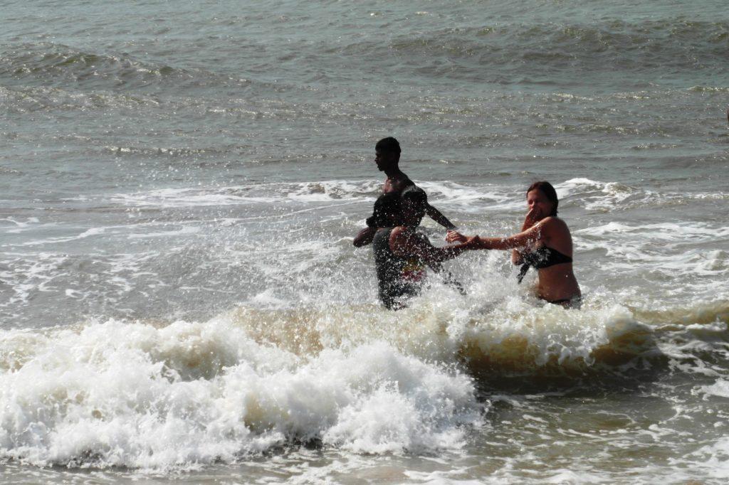 Очень сильные волны!