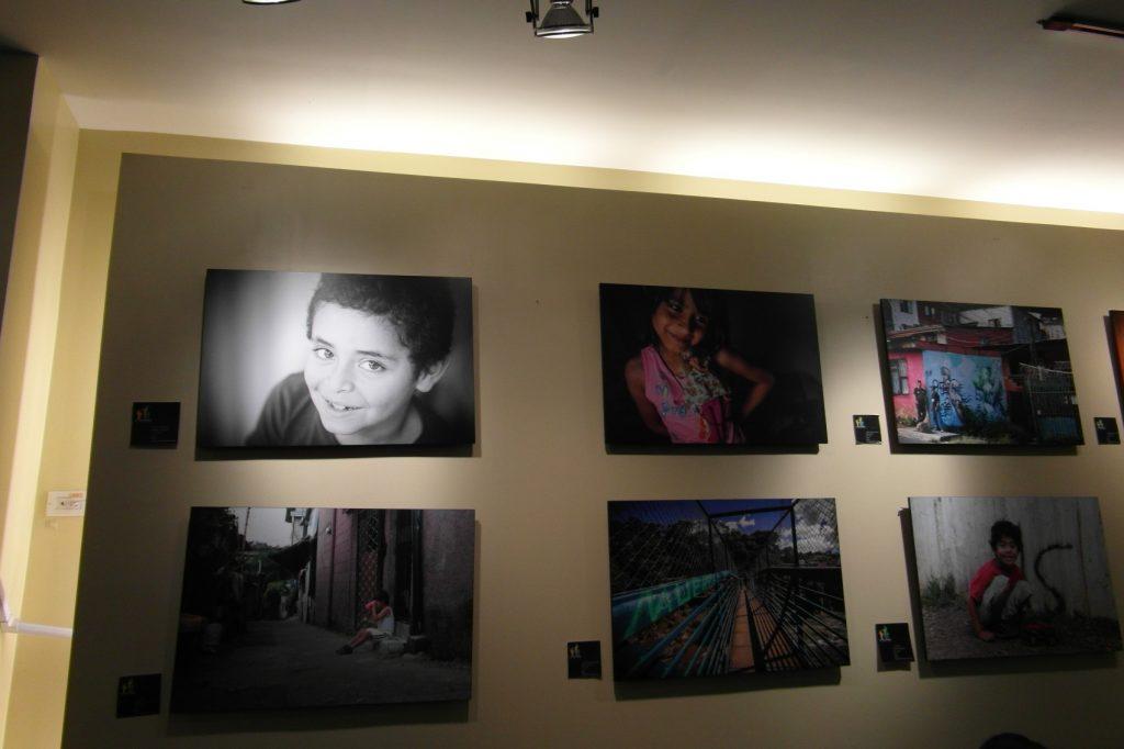 Крутые фотки на стенах