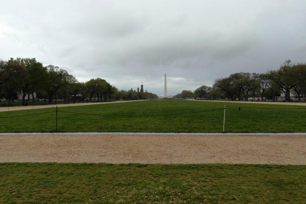 Абсолютно пустой парк!