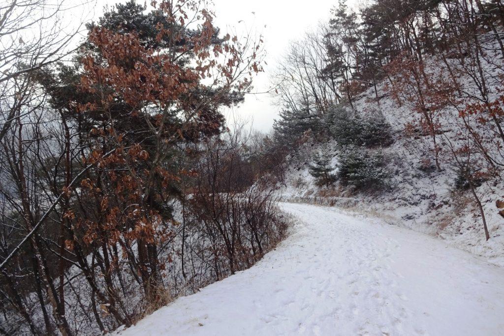 В Вончжу выпал снег и потеплело