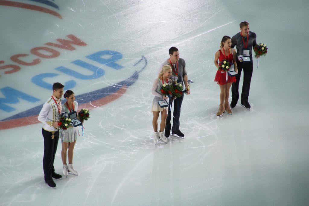 Победители и призеры в парном катании