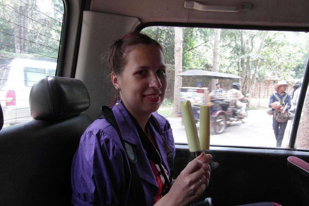 Мороженое. Из кокоса и дуриана