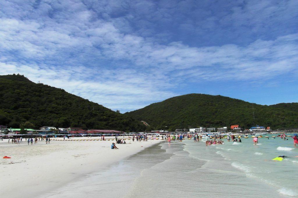 А вот этот пляж на о. Лан потрясающий