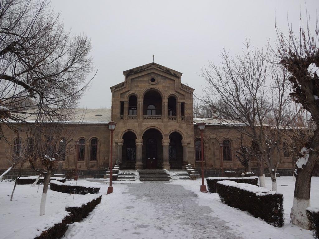 Эчмиадзинский монастырь. Спасибо Свете за рекомендацию, красота невероятная!