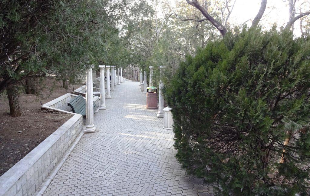 В парке Мтацминда