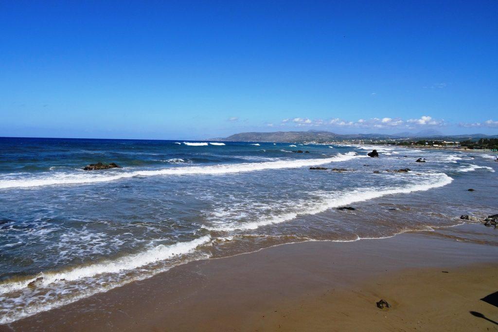Приятный пляж
