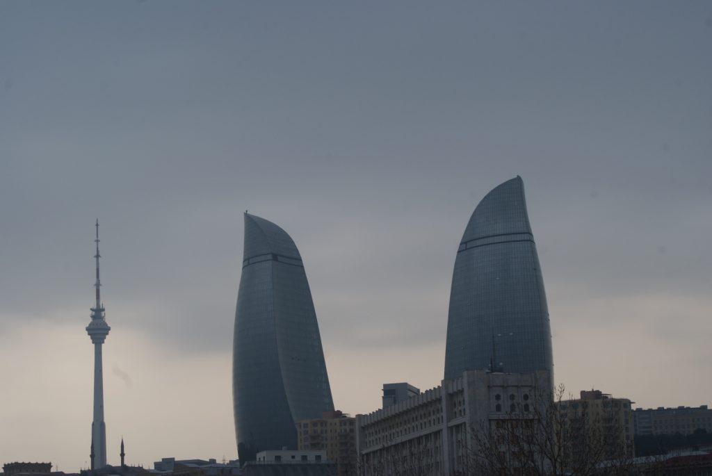 Пламенные башни, один из символов Баку