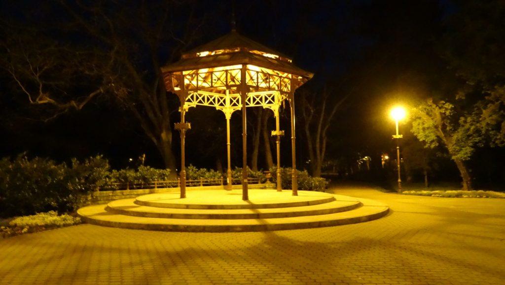 В ночных прогулках есть особая прелесть