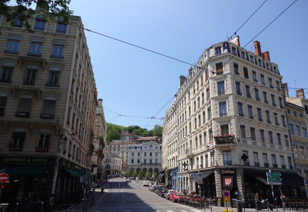 Здесь, мне кажется, сразу видно, что это Франция. И все же Лион очень отличается от увиденных до этого французских городов