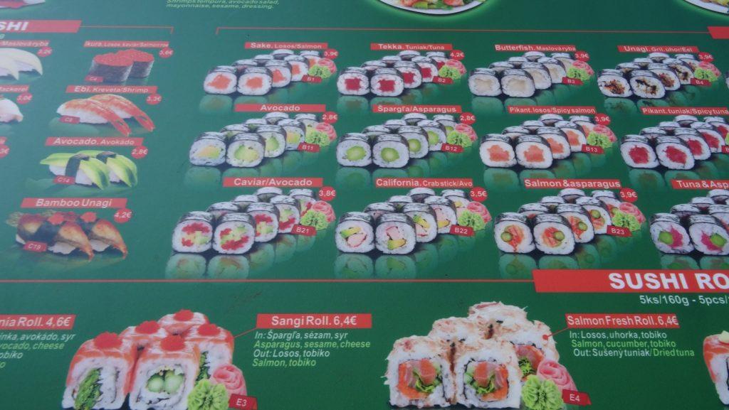 Что меня всегда удивляет в Европе, так это цены на суши и роллы. Все остальное нормальное, но японская кухня - что это?!