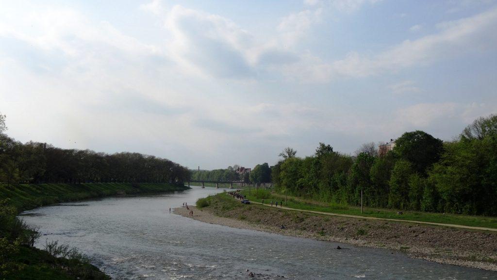 Река Уж. Извивается красиво