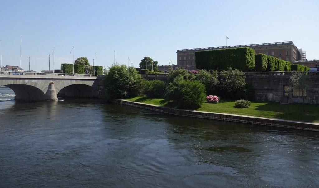 Такой Стокгольм я люблю: тепло и зелено