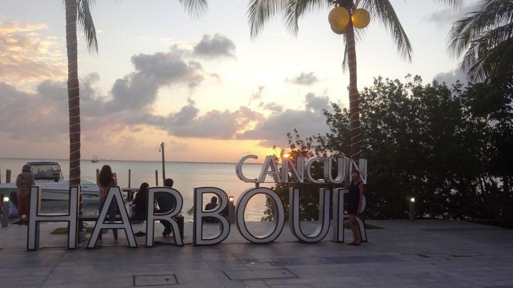 Fashion Harbour