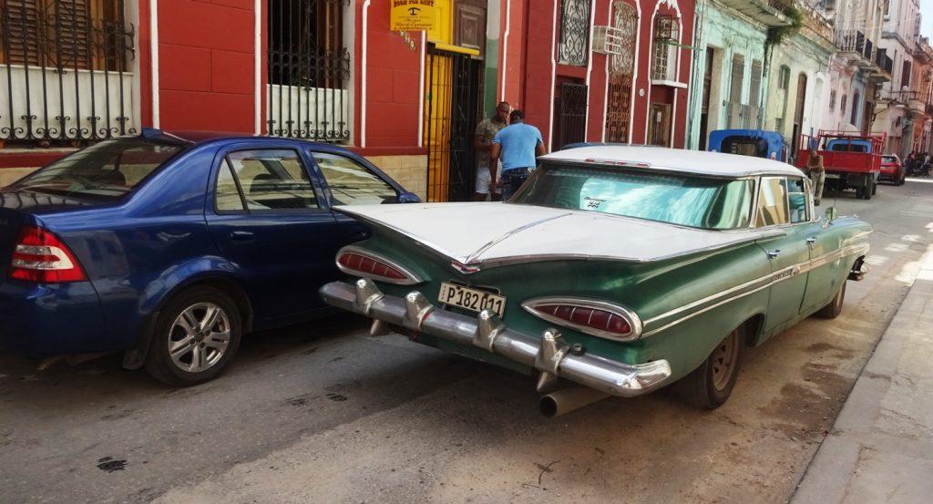 Старые машины на Кубе